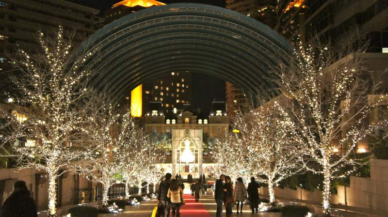 Yebisu Garden Place holiday lights